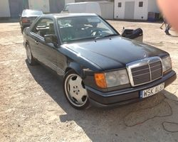 Mercedes 124 Coupe